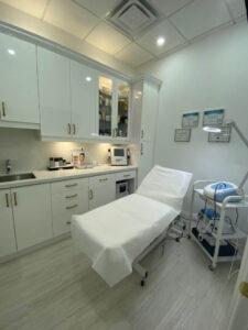 Golden Pulse Laser Clinic in Richmond Hill